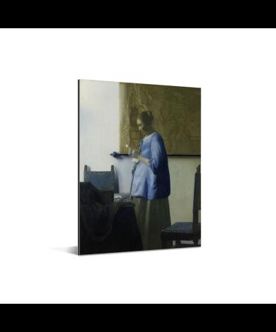 Brieflezende vrouw in het blauw - Schilderij van Johannes Vermeer Aluminium